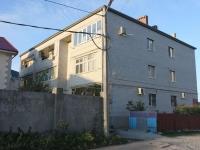 格连吉克市, Surikov st, 房屋 64. 公寓楼