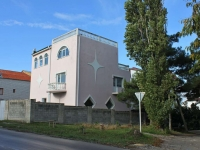 Геленджик, улица Янтарная, дом 11. гостиница (отель)