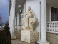 Goryachy Klyuch, sculpture ПосейдонPsekupskaya st, sculpture Посейдон