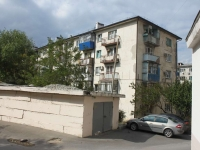 Novorossiysk, Lenin avenue, house 87. Apartment house