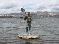 Novorossiysk, sculpture Геша КозодоевLenin avenue, sculpture Геша Козодоев