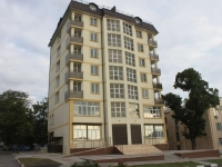 Novorossiysk, Tolstoy st, house 3. Apartment house