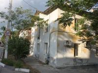 Novorossiysk, Suvorovskaya st, house 10. Apartment house