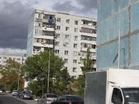 Novorossiysk, Alekseev st, house 21. Apartment house