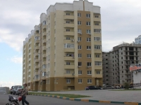 Novorossiysk, Yuzhnaya st, house 7. Apartment house