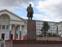 Новороссийск, улица Советов. памятник В.И. Ленину