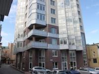 Novorossiysk, Karl Marks st, house 13. Apartment house