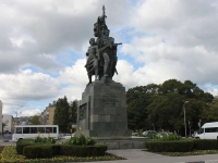 Новороссийск, памятник Защитникам Новороссийскаулица Свободы, памятник Защитникам Новороссийска