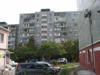 Новороссийск, улица Карамзина, дом 51А. многоквартирный дом