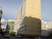 Новороссийск, улица Молодежная, дом 18. многоквартирный дом