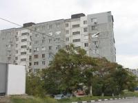 Новороссийск, улица Золотаревского, дом 8. многоквартирный дом