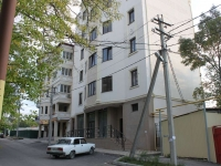 Novorossiysk, Pobedy st, house 19. Apartment house