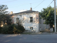 Novorossiysk, st Pushkinskaya, house 2. Apartment house