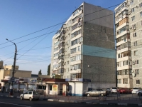 Novorossiysk, Sakko i Vantsetti st, house 18. Apartment house with a store on the ground-floor