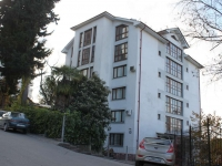 Sochi, Voykov st, house 43. Apartment house