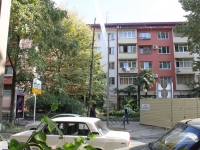 Sochi, Vorovskoy st, house 58. Apartment house