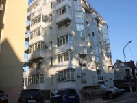 Sochi, Dmitrievoy st, house 13Б. Apartment house