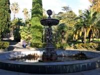 соседний дом: пр-кт. Курортный. фонтан Амуры
