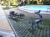 Сочи, скульптура Любовь нечаянно нагрянетулица Орджоникидзе, скульптура Любовь нечаянно нагрянет