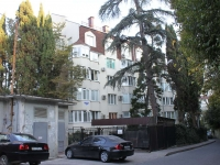 Sochi, Uchitelskaya st, house 18/4. Apartment house