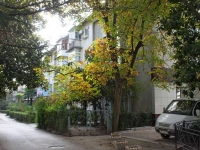 Sochi, Gagarin st, house 16. Apartment house
