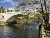 Сочи, Ривьерский переулок. мост Ривьерский