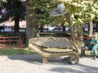 Sochi, sculpture Скамья-улиткаNavaginskaya st, sculpture Скамья-улитка