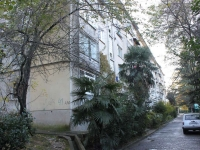 Sochi, Alpiyskaya st, house 39. Apartment house