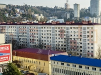 Sochi, Roz st, house 82. Apartment house
