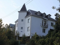 Sochi, Krasnaya st, house 34/2. Private house