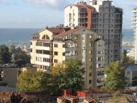 Sochi, Pervomayskaya st, house 6. Apartment house