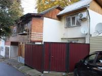 Sochi, st Tuapsinskaya, house 10. Apartment house