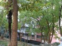 Сочи, улица Макаренко, дом 3. многоквартирный дом