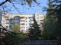 Sochi, Makarenko st, house 17. Apartment house