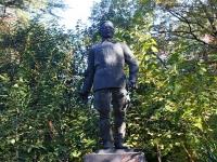 Сочи, улица Виноградная. памятник С.М. Кирову