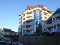 Sochi, Pirogov st, house 40В/1. building under construction