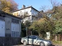 Сочи, улица Цюрупы, дом 9. многоквартирный дом