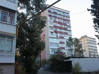Sochi, Chekhov st, house 52А. Apartment house
