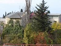 Сочи, улица Ленина (Адлер), дом 181. многоквартирный дом