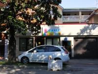 """Сочи, улица Калинина (Адлер), дом 28/1. парикмахерская """"Южная"""""""