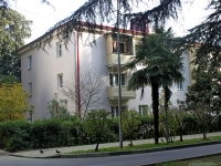 Sochi, Kuybyshev st, house 22. Apartment house