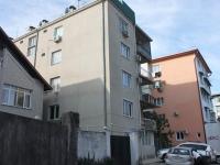 Sochi, st Chernigovskaya, house 14В. Apartment house