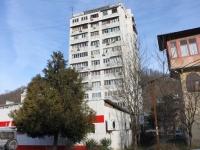 Sochi, Batumskoye rd, house 41. Apartment house