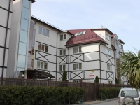 Сочи, улица Летняя, дом 50. гостиница (отель) Генрих II
