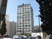 Sochi, Truda st, house 17/2. Apartment house