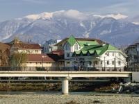 Sochi, st Naberezhnaya (Adlercky). bridge