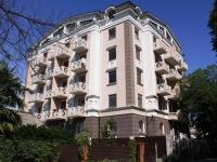 Sochi, st Tyulpanov, house 17. Apartment house