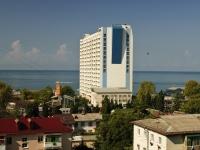 Сочи, улица Одоевского (п. Лазаревское), дом 87. многоквартирный дом