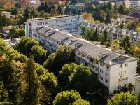 Sochi, st Pobedy, house 65. Apartment house