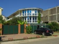 Сочи, улица Единства (п. Лазаревское), дом 26. многоквартирный дом